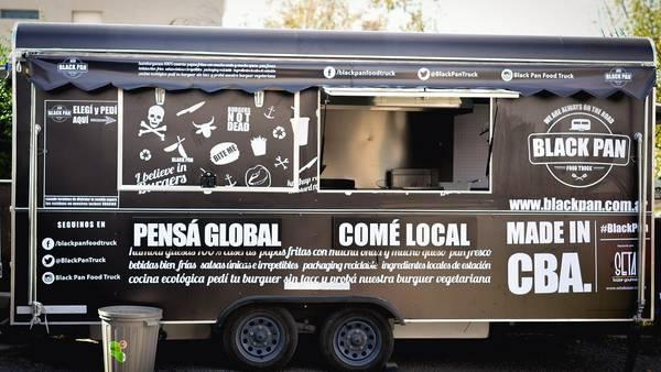 Un negocio gastronómico diferente, los food trucks