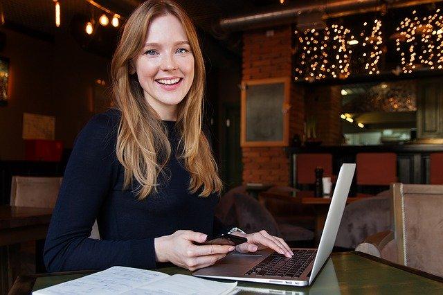 Los 8 trabajos en línea que las empresas están buscando